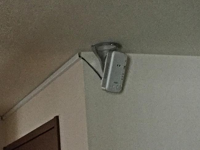 玄関に設置(IPカメラ)