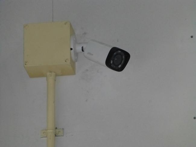 同工場様入口監視モニター
