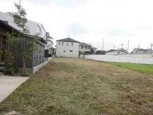 大津市内の歯科医院様より、建設予定地の草刈りのご依頼をいただきました。