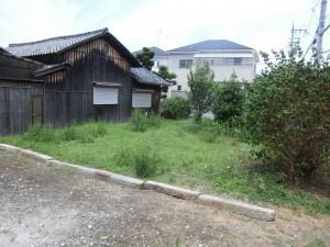 栗東市のお客様宅の草刈りをさせていただきました。
