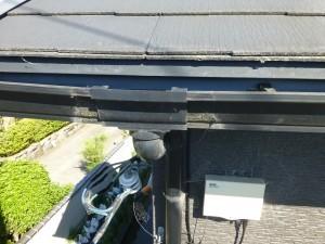 栗東市のお客様より、雨樋修理のご依頼をいただきました。