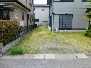 草津市のお客様より、草刈りのご依頼をいただきました。