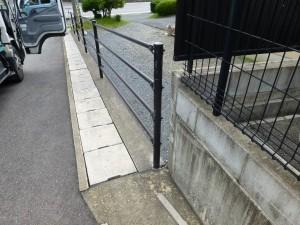 草津市のお客様よりフェンスの修理のご依頼をいただきました