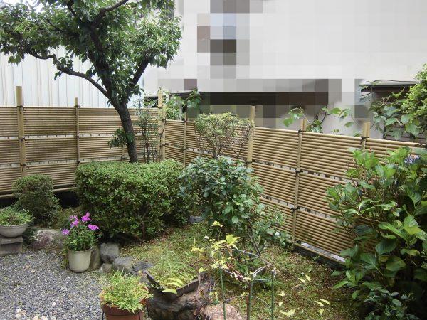 庭木の剪定と除草のご依頼をいただきました。