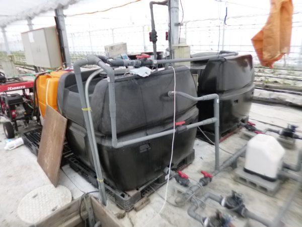 トマト栽培ハウスの給排水設備の修理をさせていただきました。