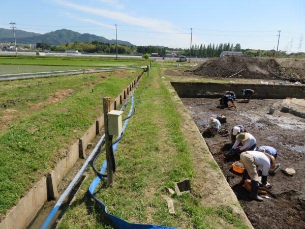 遺跡発掘調査現場に電気引込のご依頼を頂きました