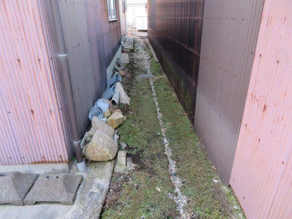空き家の草刈り・剪定・清掃のご依頼をいただきました。