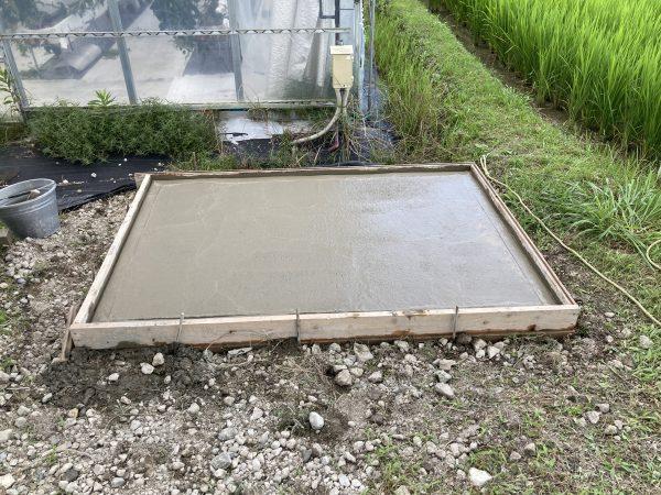 仮設トイレの基礎工事のご依頼をいただきました。