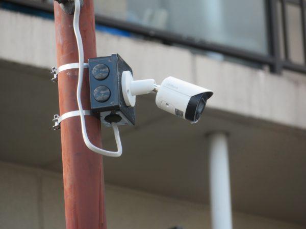 不法投棄監視の監視カメラを設置させていただきました。