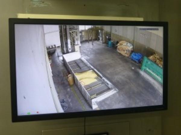 野洲市の事業所様より工場内モニターの取り換えをさせていただきました。