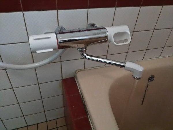 混合水栓の取替のご依頼をいただきました。