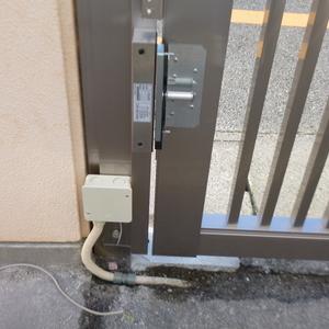 電子錠とドアホンの取付のご依頼をいただきました。
