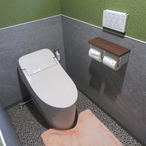 トイレの改修工事をさせていただきました。